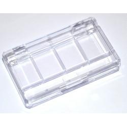 Prazna plastična paleta